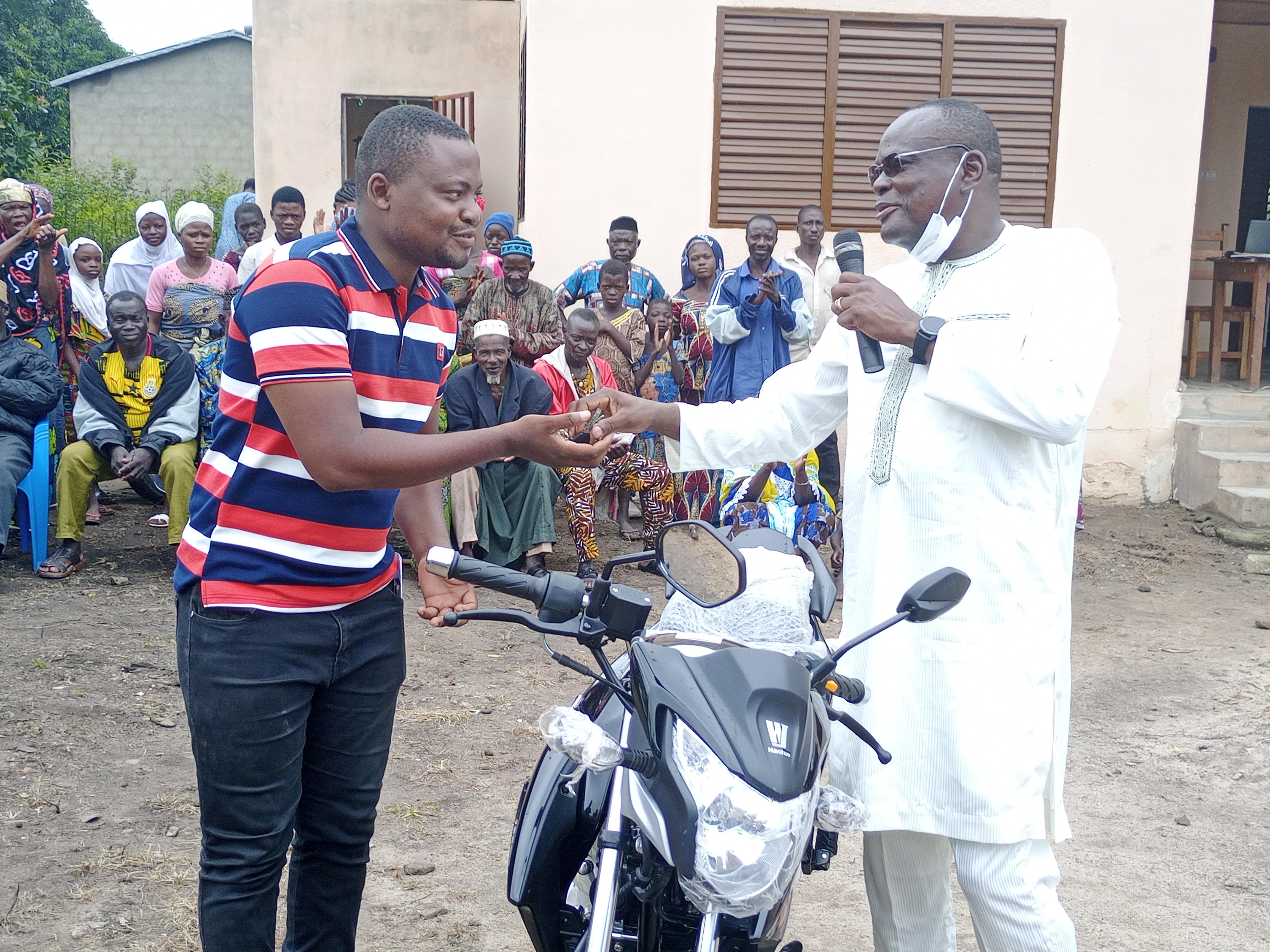 Médicalisation des zones rurales: le centre médical communautaire de Kakara inauguré ce mercredi 18 août 2021 en présence du Maire Daouda Saka Méré